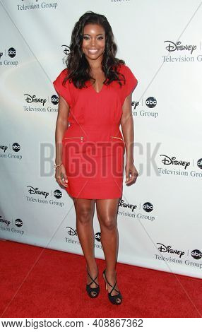LOS ANGELES - AUG 08: Gabrielle Union arrives to the 2009 Disney-ABC Televison Group Summer Press Tour on August 08, 2009 in Pasadena, CA