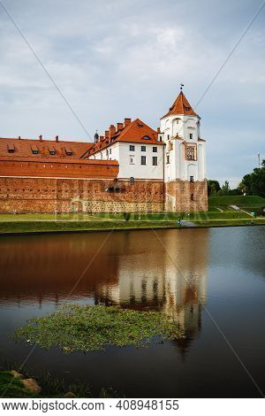 Mir, Belarus - August 04, 2017: Ancient Medieval Castle With Towers In Mir, Belarus. Fortress And It