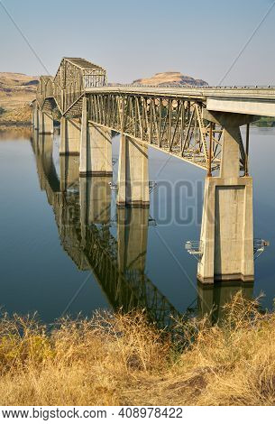 Lyons Ferry Bridge Snake River Washington State Vertical. The Lyons Ferry Bridge Spanning The Snake