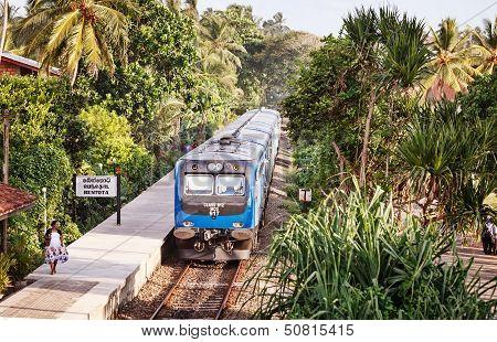 Apr 28: New Sri Lanka Railways Class S12  Train On Apr 28, 2013 In Bentota