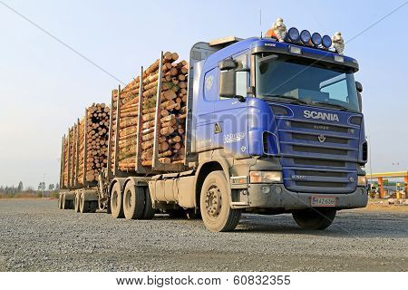 Blue Scania V8 Timber Truck