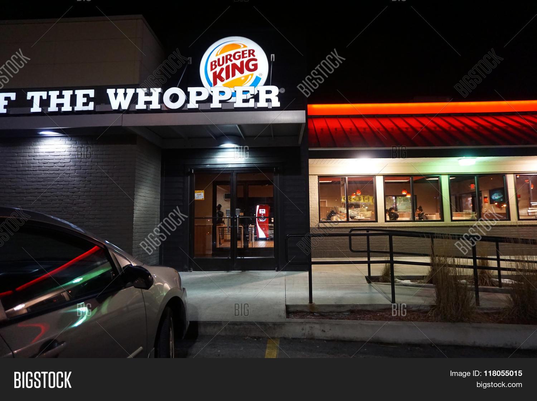 Burger King Night Image & Photo (Free Trial) | Bigstock