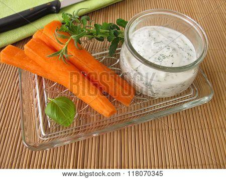 Carrots and herb yogurt