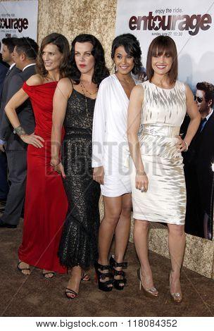 Perrey Reeves, Debi Mazar, Emmannuelle Chriqui and Carla Gugino at the Season 7 Premiere of