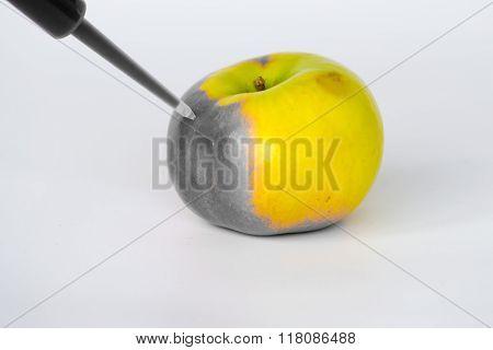 Degrading Apples