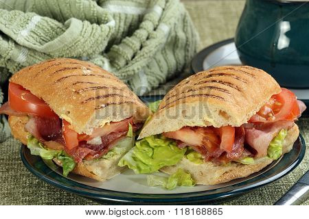Bacon Lettuce And Tomato Roll