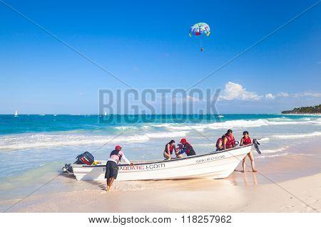 Tourists Enjoying Water Sport In Punta Cana