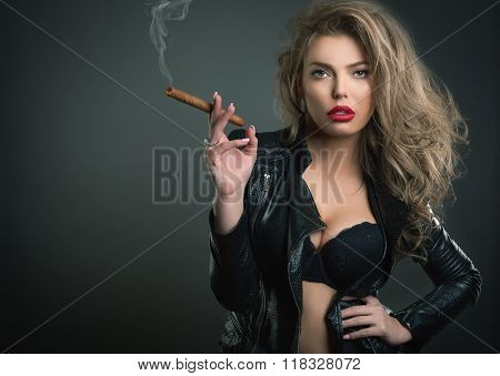 Sexy Young Woman With Sigar On Dark Background