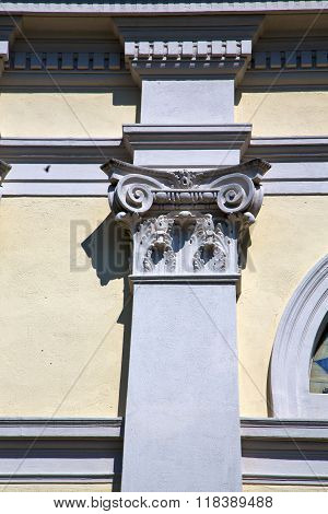 Wall Milan  In Italy Old   Church Concrete Doric  Background  Stone