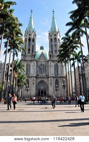 Sao Paulo - October 5: People admiring Sao Paulo See Metropolitan Cathedral on October 5 2014 in Sao Paulo. The Cathedral is the largest church in the city of Sao Paulo