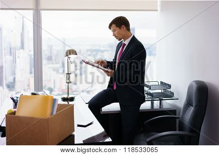 Just Hired Manager Business Man Moves To New Office