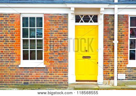 Notting   Hill  Area  In London  Yellow  Wall