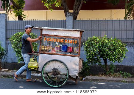 Indonesian Man Sells Local Fast Food
