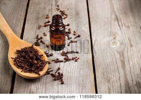 Organic clove essential oil