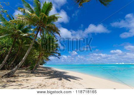 White Beach On Desert Island In Rarotonga, Cook Islands