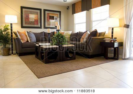 Moderna smakfullt inrett vardagsrum