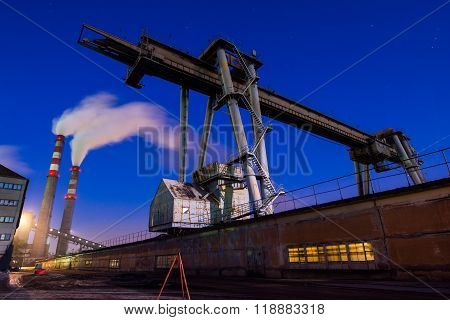 Coal powered plant