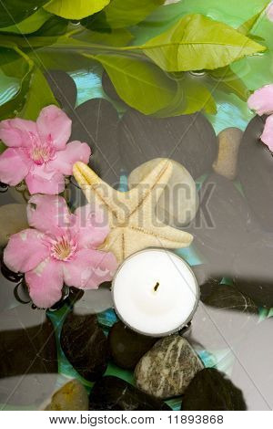 Aromatheraphy with flowers in water