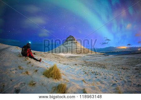 Spectacular Northern Lights Appear Over Mount Kirkjufell