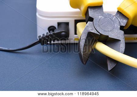 Cutting off home Internet service