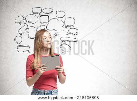 Blonde Woman With A Folder, Speech Bubbles