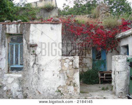 Anjoya Farm House