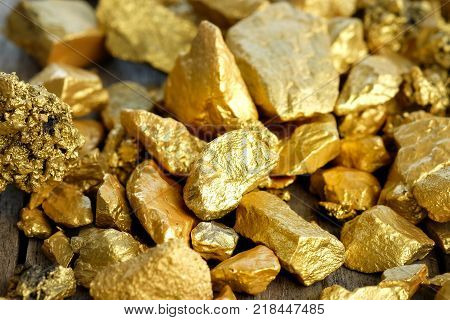 Pure Gold Images, Illustrations, Vectors - Pure Gold Stock ... - photo#22