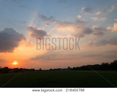 Sunset or sunrise with cloud and ray light