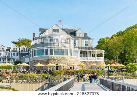 Bar Harbor, Usa - June 8, 2017: Oceanfront Resort Inn With Waterfront Restaurant In Downtown Village