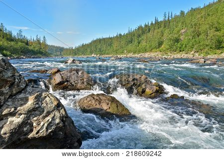 Rapids site in the Polar Urals. The threshold on a Northern river.