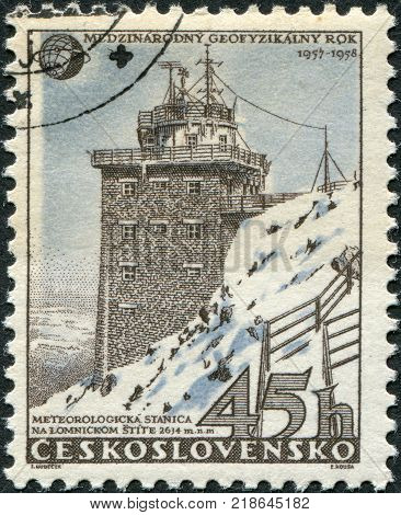 CZECHOSLOVAKIA - CIRCA 1957: A stamp printed in the Czechoslovakia shows the Meteorological station in High Tatra Lomnicky peak circa 1957