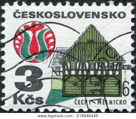CZECHOSLOVAKIA - CIRCA 1971: A stamp printed in the Czechoslovakia shows the House and folk art Melnik circa 1971