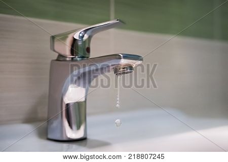 Traditional Silver Tap Dripping