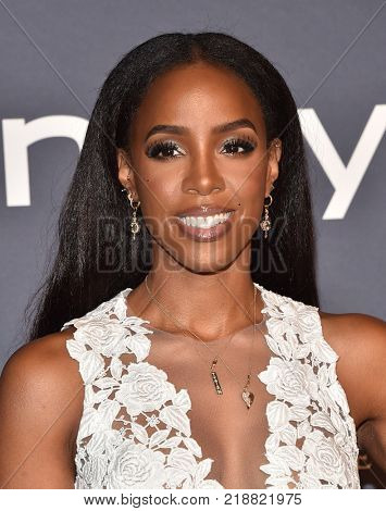 LOS ANGELES - OCT 23:  Kelly Rowland arrives for the InStyle Awards on October 23, 2017 in Los Angeles, CA