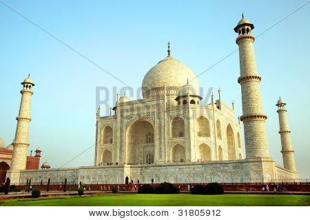 Sunrise light over Taj Mahal in India, Agra, Uttar Pradesh