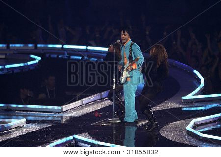 MIAMI - FEB 4: Prince performs during half-time for Super Bowl XLI between the Chicago Bears and the Indianapolis Colts at Dolphin Stadium on February 4, 2007 in Miami.