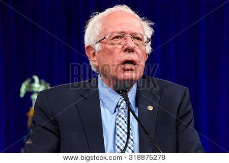 San Francisco, Ca - August 23, 2019: Presidential Candidate Bernie Sanders Speaking At The Democrati