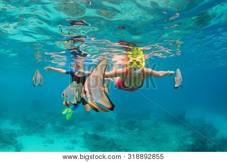 Happy Family - Mother, Kid In Snorkeling Mask Dive Underwater, Explore Tropical Fishes Platax ( Batf