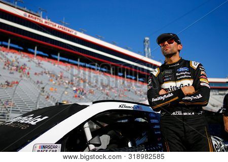 August 16, 2019 - Bristol, Tennessee, USA: Aric Almirola (10) gets ready to qualify for the Bass Pro Shops NRA Night Race at Bristol Motor Speedway in Bristol, Tennessee.
