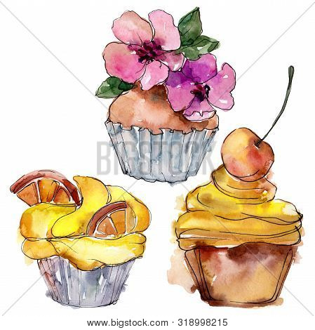 Tasty Cupcake In A Watercolor Style. Background Illustration Set. Watercolour Drawing Fashion Aquare