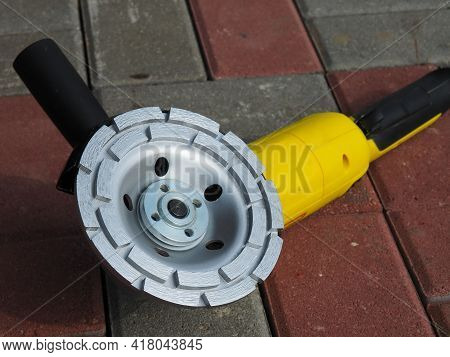 Diamond Grinding Wheel. Accessories For Grinding Various Surfaces