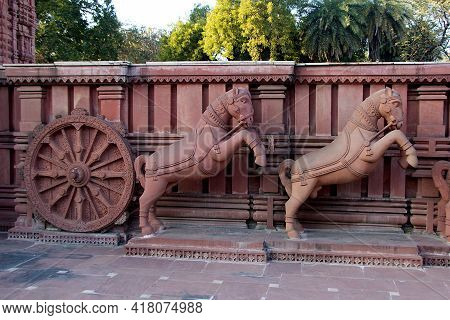 Close Up Of Horse Drawn Red Stone Chariot At Birla Sun Temple In Gwalior, Madhya Pradesh, India, Asi