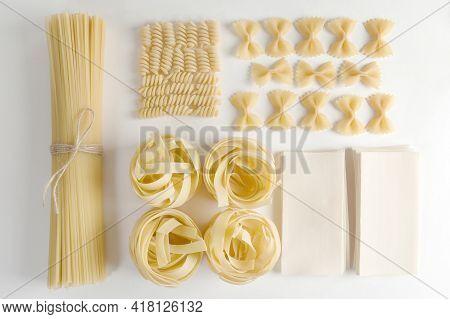 Types Of Italian Pasta: Fusilli, Farfalle, Fettuccine, Spaghetti, Lasagna Sheets, Stars.