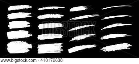 Hand Drawn Grunge Brush Smears Set. Paintbrush Black Smears Collection. Dry Brush Strokes. Vector Il