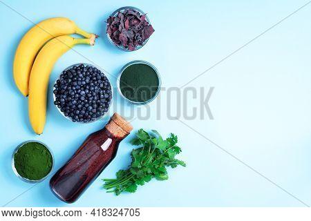 Heavy Metals Detox Smoothie. Blueberries, Bilberry, Barley Grass Juice Extract, Spirulina Powder, Or