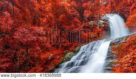 Banner Colourful Of Huay Sai Leung Waterfall Is A Beautiful Waterfalls In The Rain Forest Jungle Tha