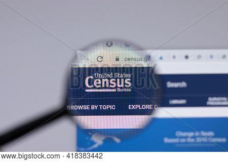 New York, Usa - 26 April 2021: United States Census Bureau Census.gov Logo Close-up On Website Page,