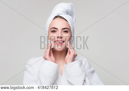 Teen Girl Holds Cotton Pad Near Face. Teen Cleansing Skin, Beautiful Young Woman Holding A Cotton Ba