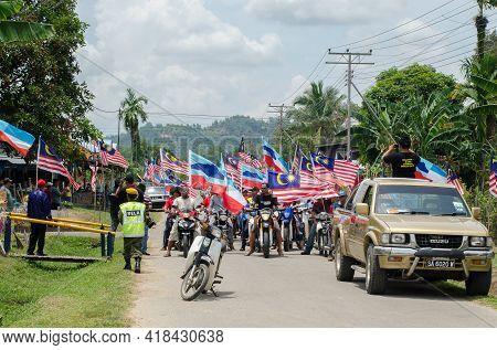Keningau,sabah,malaysia-aug 29,2014::motorcycle Parade With Malaysian Flag During The Celebration Of