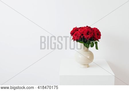 Red Roses On A Wooden Background Beautiful Red Rose Flowers With White Background Natural Beauty Fre